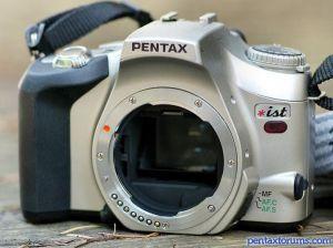 Pentax *ist