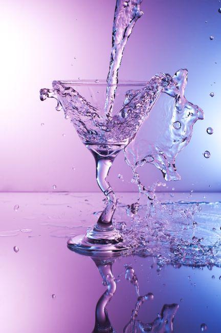 650 pixel Martini Splashdown