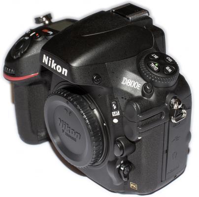 Nikon D800E Left Side