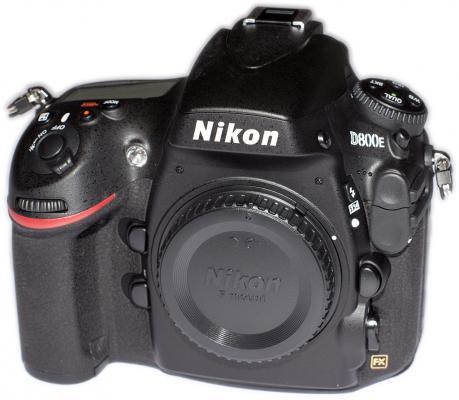 Nikon D800E Frontal View