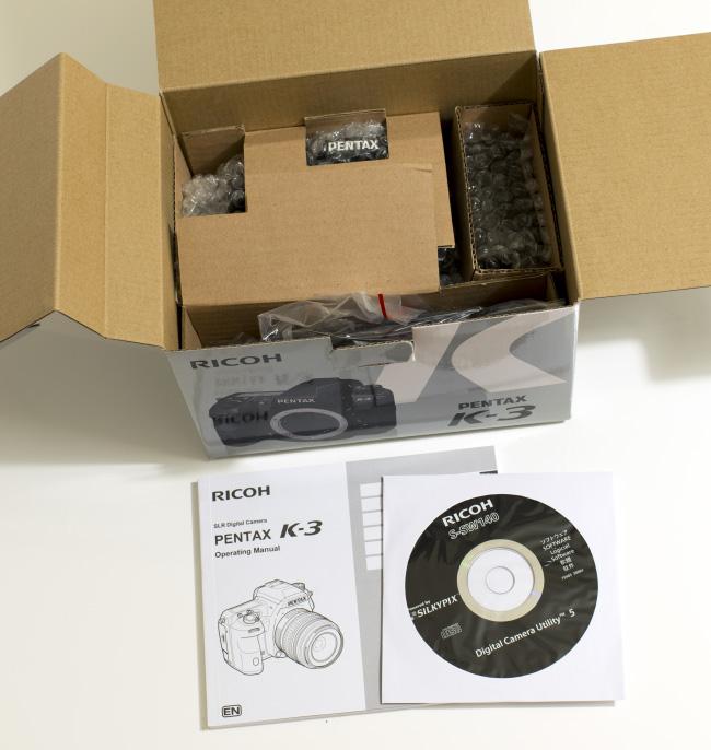 Pentax K-3 Box: Opened