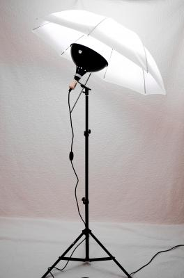 One-Floodlight Umbrella Kit Review