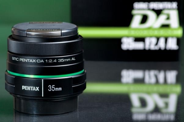 "DA 35mm F2.4 ""Plastic Fantastic"" Review Posted"