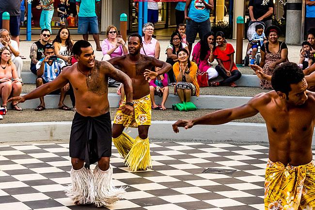Native dancing & juggling 1