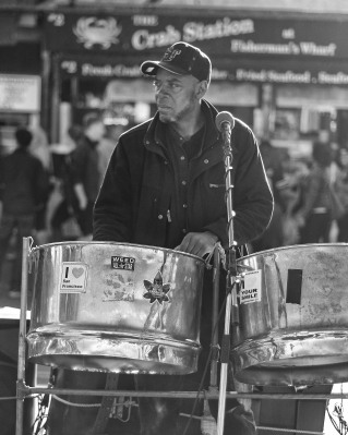 Street musician, San Francisco, CA, USA