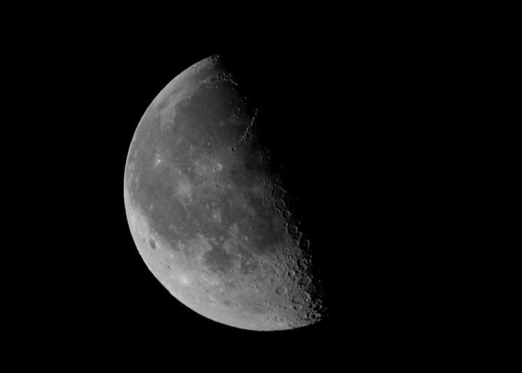 Name:  IMGP2901 moon shot.jpg Views: 1031 Size:  16.4 KB