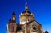 -saint-paul-cathedral-under-blue-sky.jpg