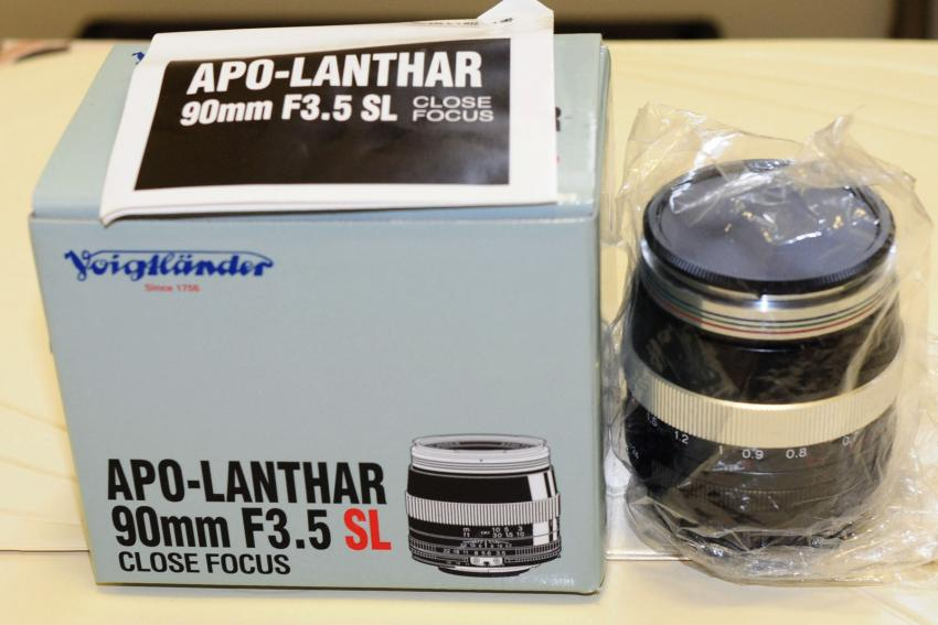 http://www.pentaxforums.com/forums/attachments/photographers-marketplace/40560d1249665379-sale-voigtlander-apo-lanthar-90mm-f-3-5-sl-pentax-mount-520-dsc_3635.jpg