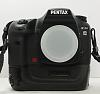 Pentax K20 + Grip + 2 battery  (Worldwide)