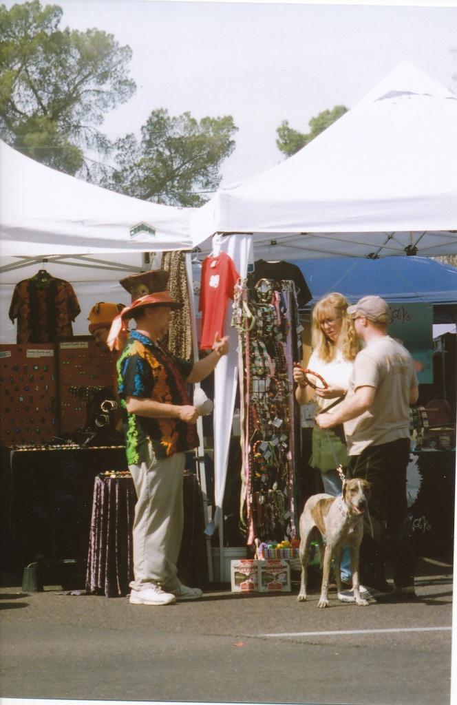 Mad Hatter SV, Viv 85-205, Kmax100-Phoenix 7th Ave. Street Fair, March 5th,2011