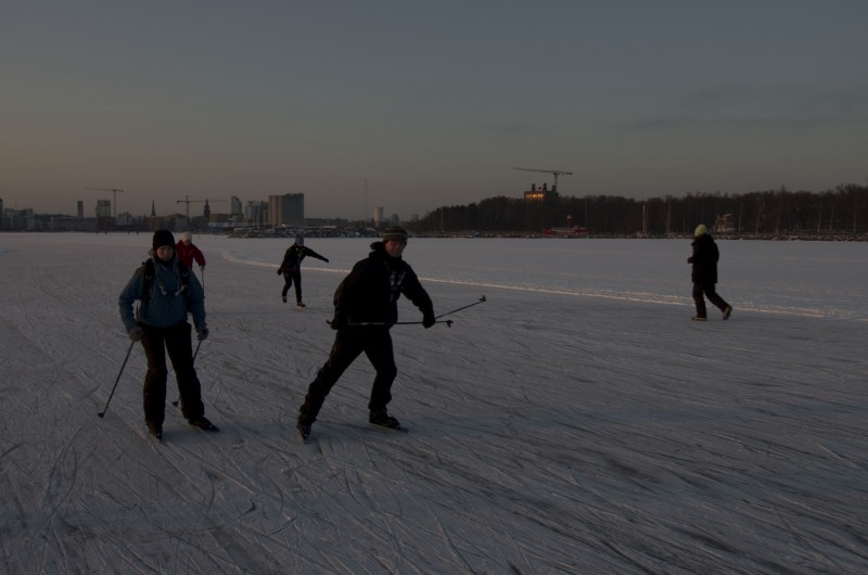 Long-distance ice skating
