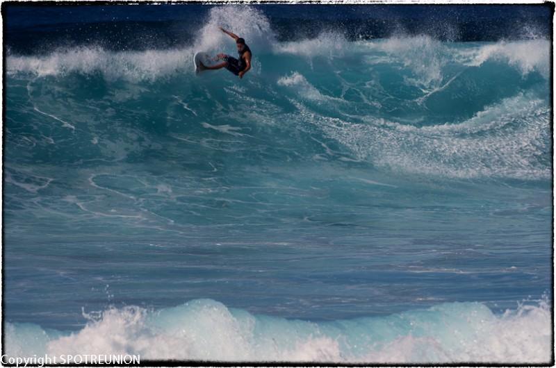 Surfing inSt Pierre (1)