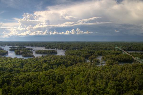 1000 thousands island