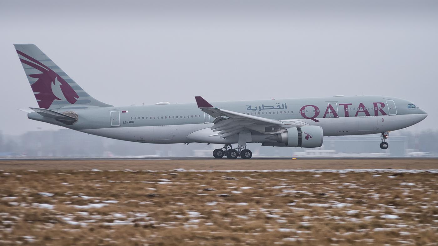 Qatar Airways / Airbus A330-232 / A7-ACC - Pentax User Photo