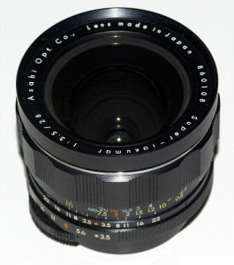 S-M-C/Super Takumar 28mm F3.5