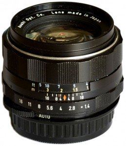 https://www.pentaxforums.com/lensreviews/SMC-S-M-C-Super-Takumar-50mm-F1.4.html