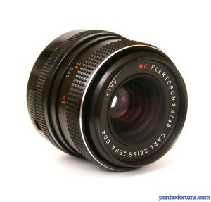 Carl Zeiss 35mm F2.4 Flektogon MC