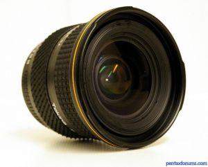 Tokina AF (235) 3.5-4.5/20-35mm version II.