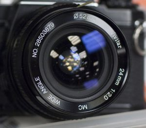 Vivitar (komine 28xxx) MC WIDE ANGLE 24mm f2